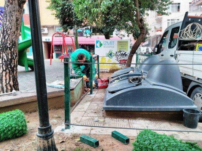 Çöp konteynerlerine yeşil kalkan