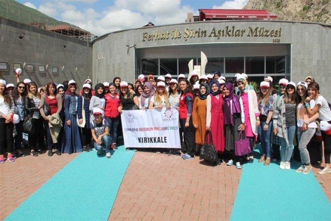 Gençler farklı şehir ve kültürleri tanıdı