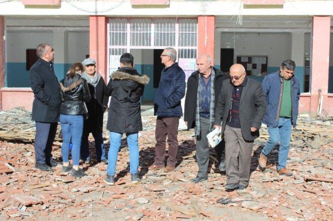 Kırşehir'in ilk lisesi yıkılıyor