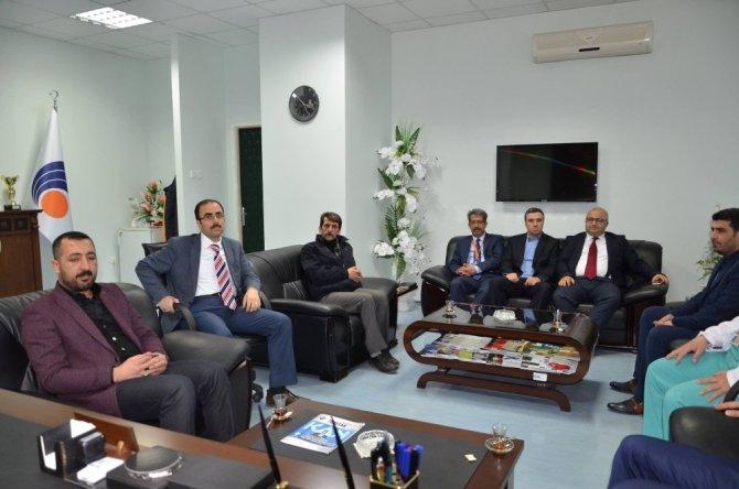 MHP İl Başkanı Avşar'dan Başhekim Parlakpınar'a ziyaret