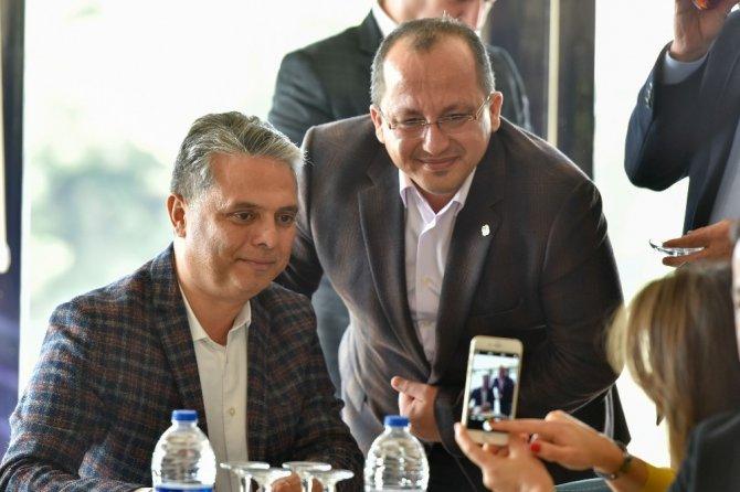 Başkan Uysal, 'Belediyeciliğimizin merkezinde insan var'