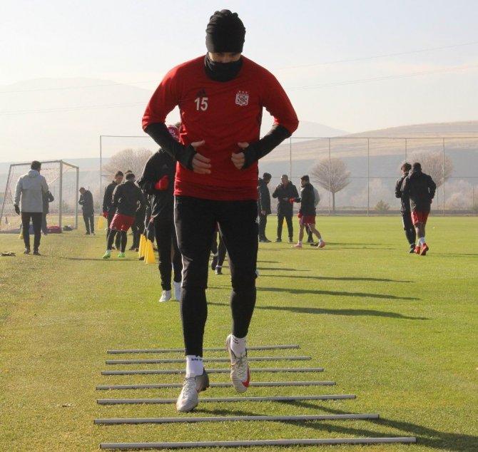 """Aybaba: """"Kazanma isteğini ve coşkuyu devam ettirmek istiyoruz"""""""