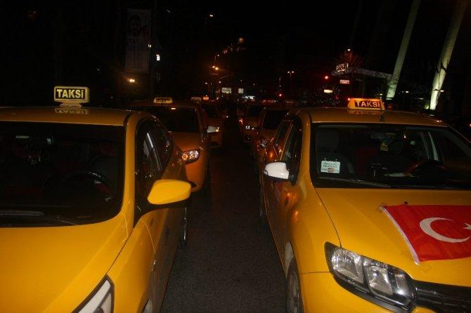 """Taksiciler: """"Amerikan menşeli ve İsrail menşeli bütün ürünleri boykot kararı aldık"""""""