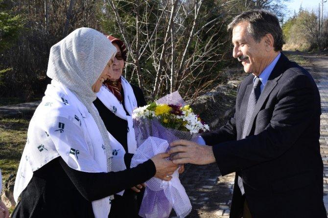 Başkan Ataç Mollaoğlu Mahallesi'nde