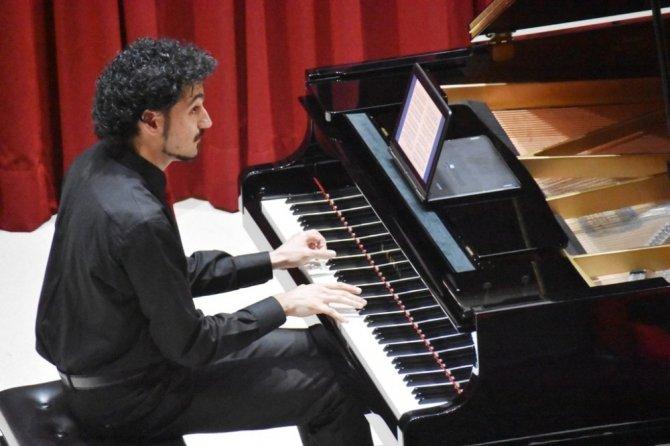 Gülsin Onay Piyano Günleri konserleri başladı
