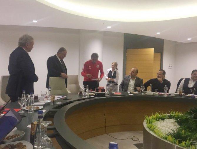 Antalyaspor Yönetimi haftalık toplantısını gerçekleştirdi