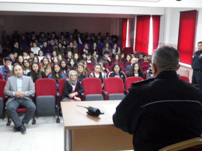 Öğrencilere polislik mesleği anlatıldı