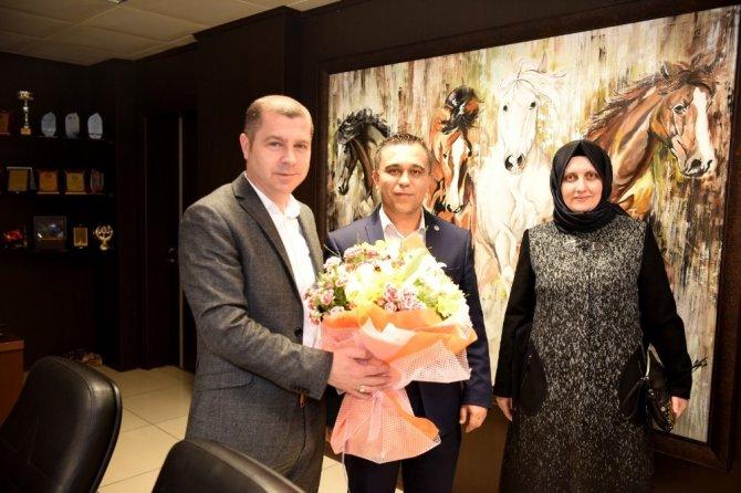Taşeron çalışanlarından Başkan Kuzu'ya teşekkür ziyareti