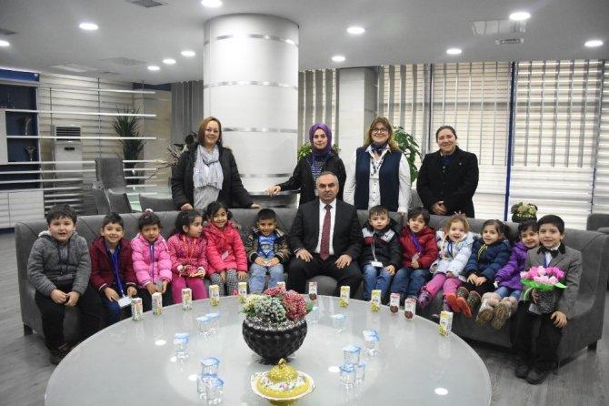 Minikler öğrenciler Düzce belediyesinde