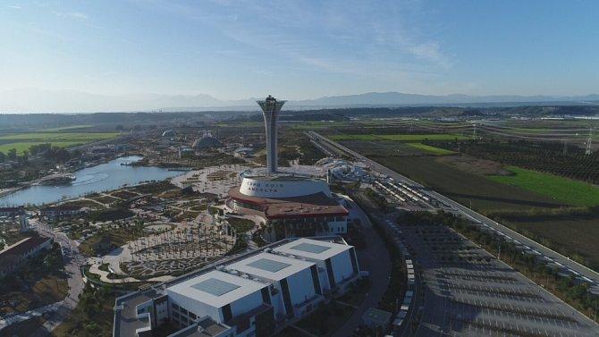 EXPO sergi alanı otel, AVM ve eğlence merkezi olmaktan son anda kurtarıldı