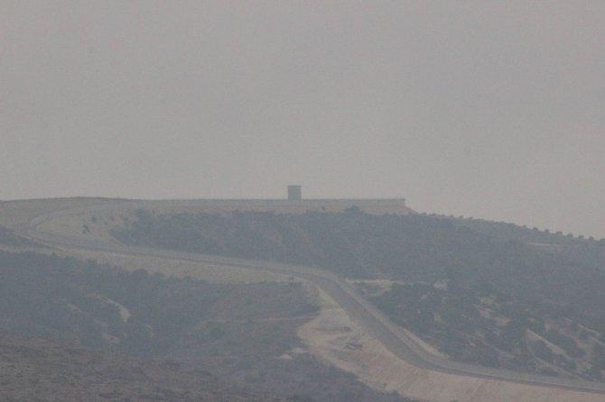 Suriye sınırında havada sis, karada sessizlik hakim
