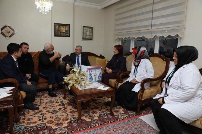 Başkan Baran'dan yaşlılara ziyaret