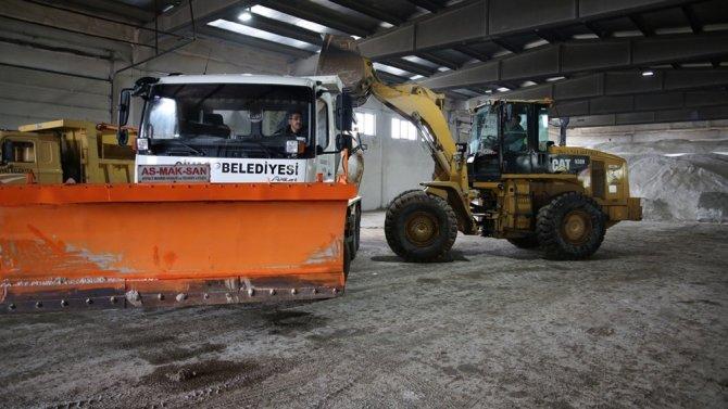 Sivas Belediyesi karla mücadele çalışmalarına başladı
