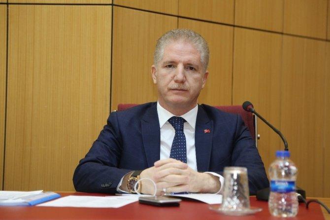 Vali Gül'den kurum müdürlerine eşit olun talimatı
