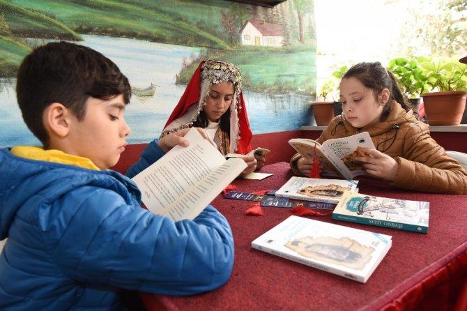 Afyonkarahisar'da ödüllü kitap okuma yarışması düzenlenecek