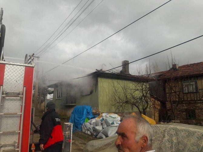 Emet'e evi yanan şahıs kalp krizi sonucu hayatını kaybetti
