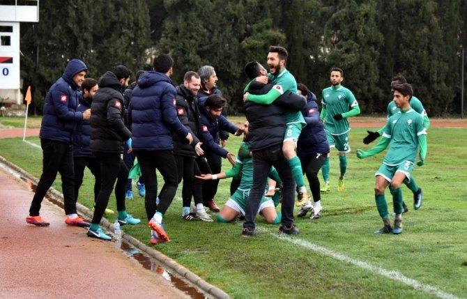 Salihli Belediyespor'dan 4-1'lik galibiyet