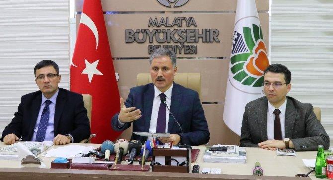 Başkan Çakır, 2017 yılında düzenlenen kültürel etkinlikleri anlattı