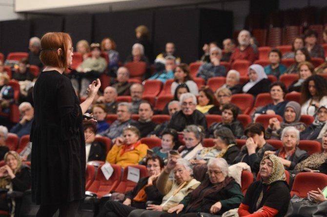 Muratpaşa Belediyesi Alzheimer Danışma Hattı kuruyor