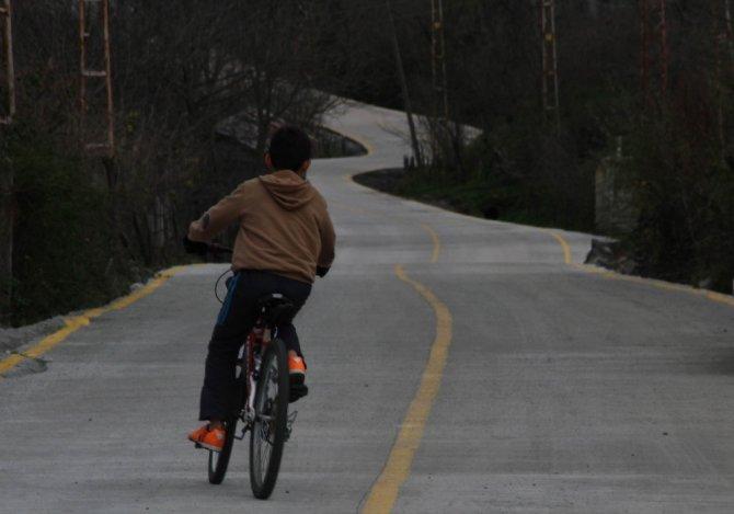 Büyükşehirin 4 milyonluk beton yol projesi hayata geçti