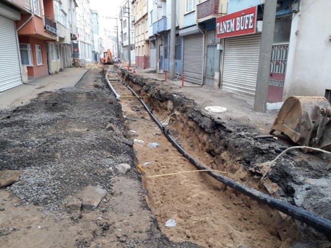 TESKİ Çorlu'yu eski ve sağlıksız su borularından kurtarıyor