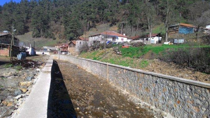 Köylerde  alt  yapı çalışmaları devam ediyor