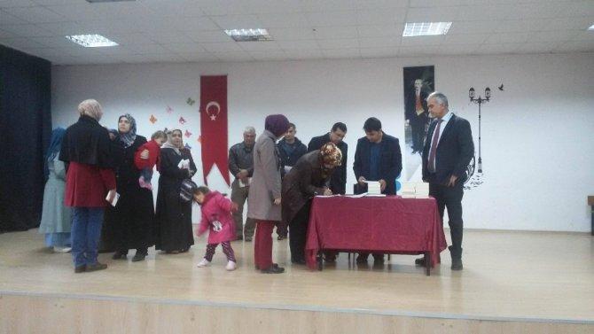 Eğitimci Yazar-Şair Alper Tunga Kumtepe, öğrencilerle buluştu