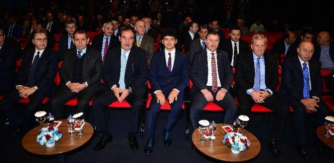 """Osman Aşkın Bak: """"Kazanacağız, bu ülkeye yakışır"""""""