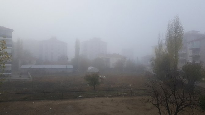 Isparta'da sisli havada okullara tatil kararı
