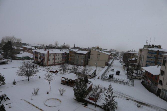 Varto'da 70 köy yolu ulaşıma kapandı