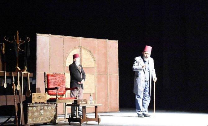 Abdülhamid Han'ın Anısına 'Usta' Oyunu Sahnelendi