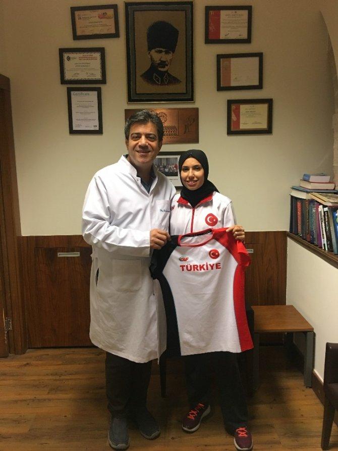 Milli Atlet Burcu Subatan Acıbadem Kayseri Hastanesi'nde ameliyat oldu