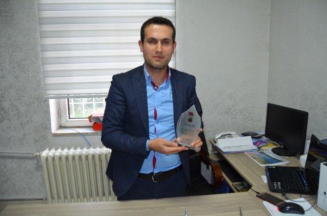 Köylere Hizmet Götürme Birliğine 'Çalışkan Kurum Halk Ödülü' verildi