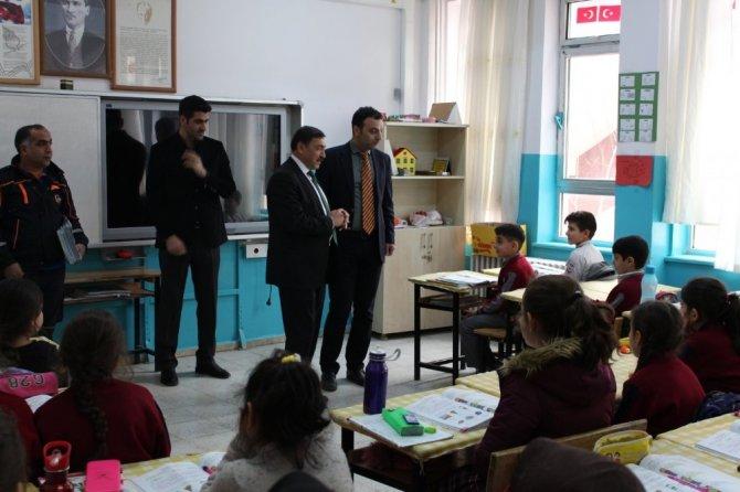 Bingöl'de öğrencilere afet eğitimi verildi
