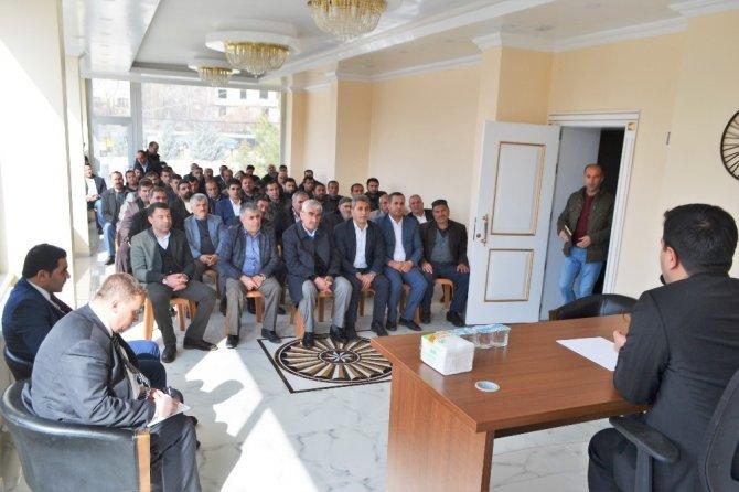 Hizan'da esnaf toplantısı
