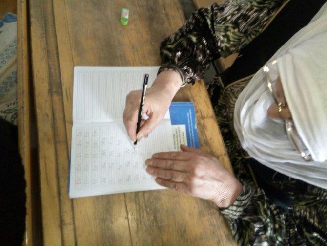 Hizan'da 'Okuma Yazma Seferberliği'ne büyük ilgi