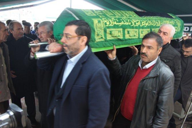 Gazeteci Kazım Erdem Özsoy son yolculuğuna uğurlandı