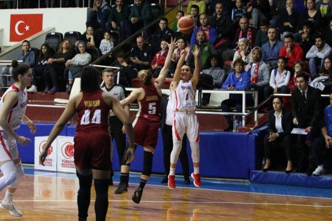 Mersin Büyükşehir Belediyespor, Avrupa'da yarı finali zora soktu