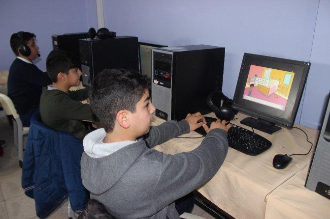Siverekli öğrenciler hayal ettikleri oyunları kendileri tasarlıyor