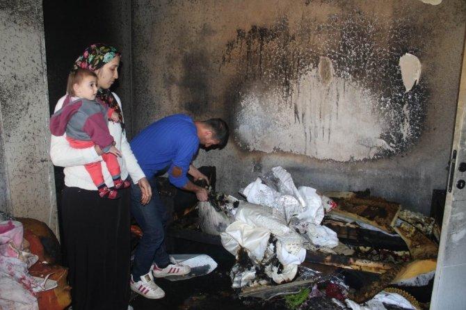 Düğün takılarıyla tuttukları ev yandı
