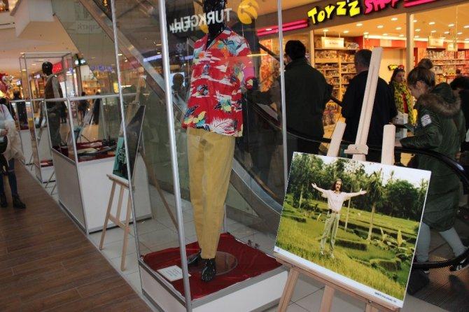 'Barış Manço Hatıraları' sergisi Espark AVM'de açıldı