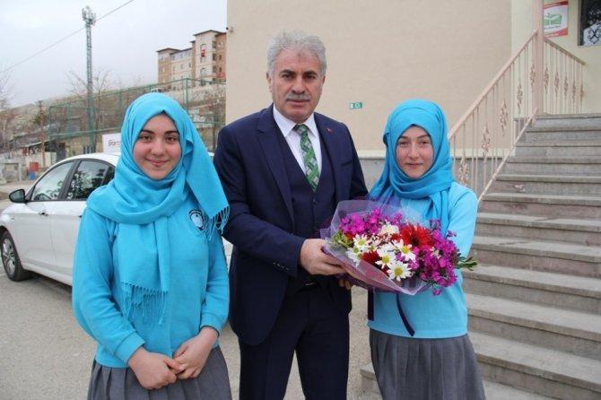 Başkan Memiş okul ziyaretlerine devam ediyor