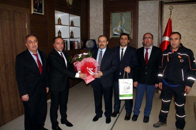 Bitlis'ten Afrin'e sağlık personeli