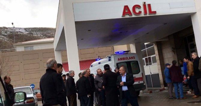 Bitlis'te minibüs şarampole yuvarlandı: 1 ölü, 9 yaralı