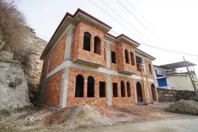 Büyükşehir, Kozluca'da Kültür Merkezi yapıyor