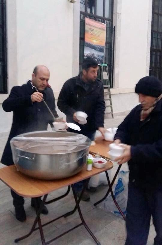 Cuma çorbası Evreşe Belediye Başkanı Soyuak'tan