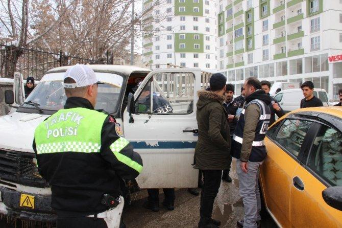Erzurum polisinden güven ve huzur uygulaması