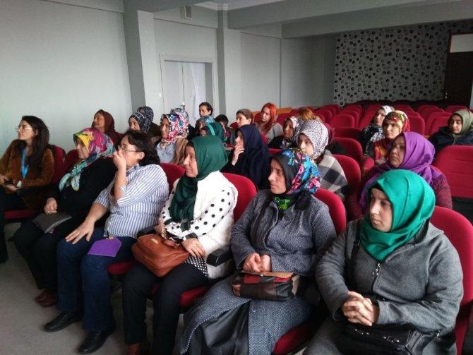 İzmit'te kadınlar lavanta yetiştirecek