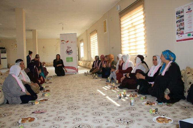 Köy kadınlarının ayağına sağlık götürüldü