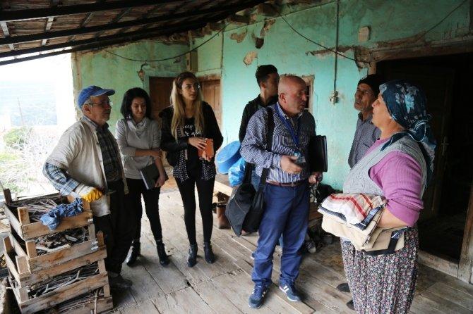 Mezitli'nin yaşlıları sosyal yaşama katılıyor